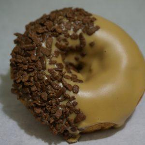 Munk med Kaffeglasyr och Chokladflingor